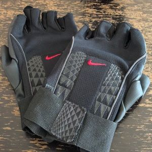 Nike Work-out Gloves